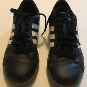 adidas Shoes - Boys Adidas BASELINE SHOES Size US 3.